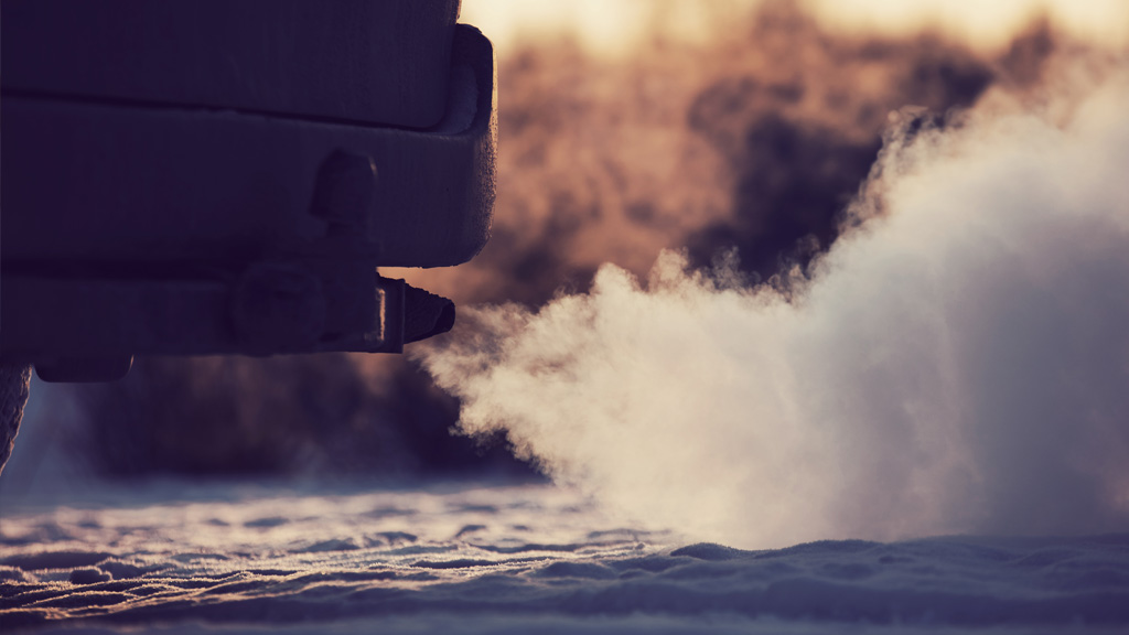 Dirty and Smoking Exhaust. Economic and Environmental Benefits of an EV