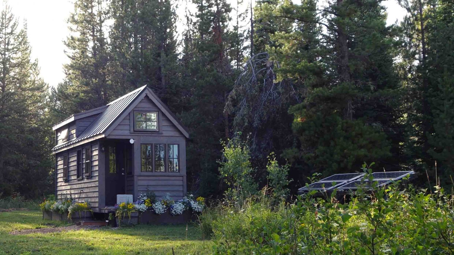Off Grid Home in Rural Setting